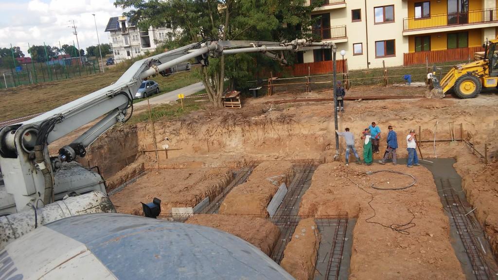 Beton na fundamenty w Gąbinie. Polbud